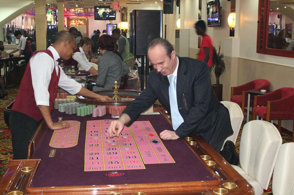 Poker odds flush